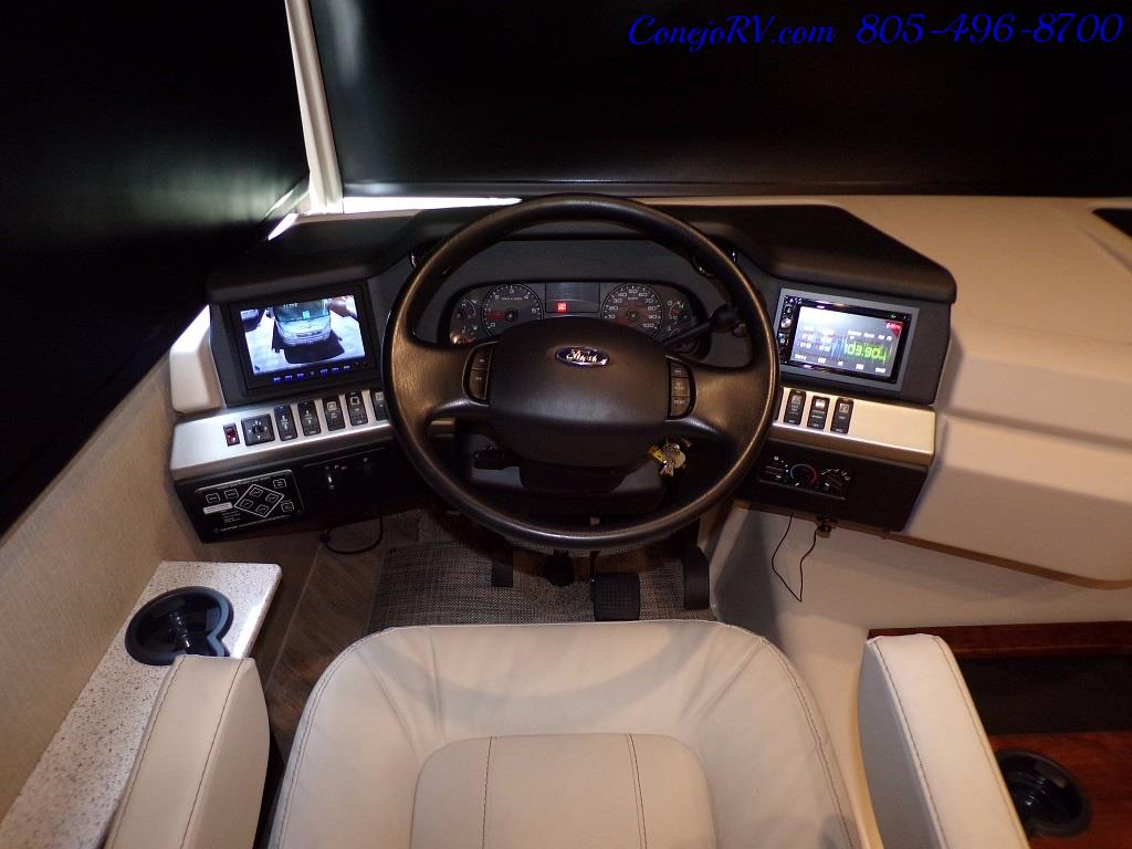 2018 Fleetwood Bounder LX 35K Bath and Half King Bed - Photo 36 - Thousand Oaks, CA 91360