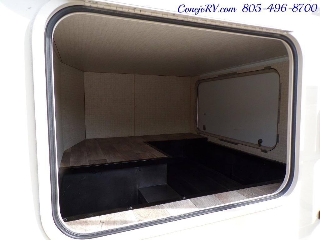 2017 Winnebago Minnie 22R Ford E-350 - Photo 25 - Thousand Oaks, CA 91360
