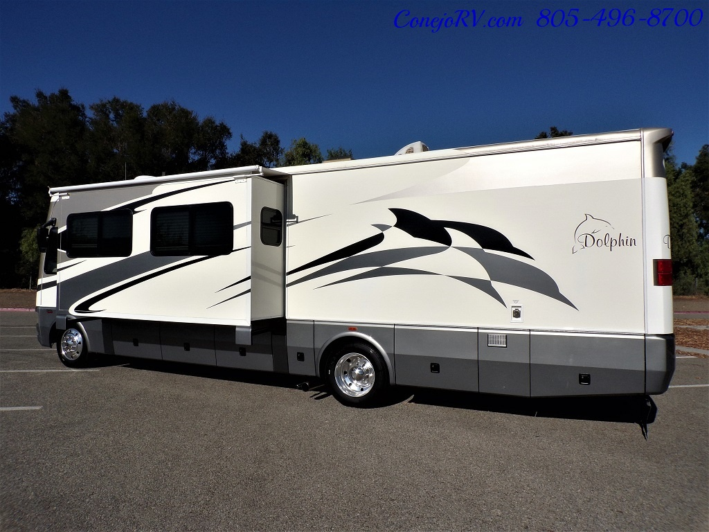 2006 National Dolphin 5355 Double Slide 20K Miles - Photo 2 - Thousand Oaks, CA 91360