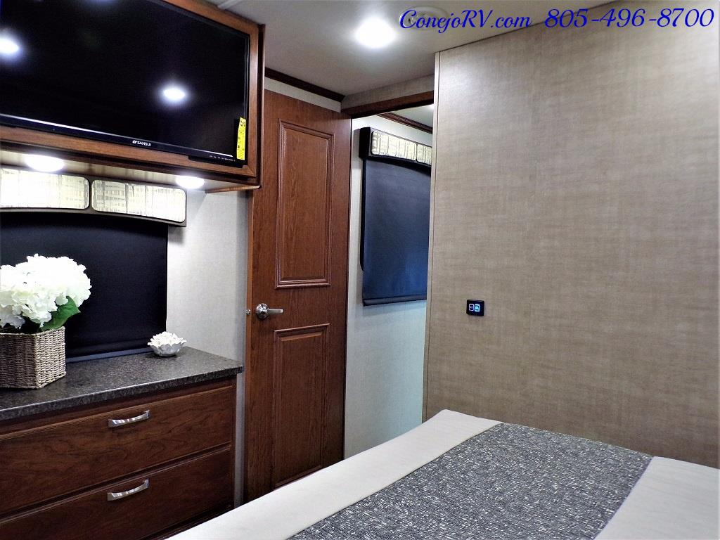 2018 Dynamax Isata 5 Series 36DS 4x4 Super-C King Bed DIESEL - Photo 24 - Thousand Oaks, CA 91360