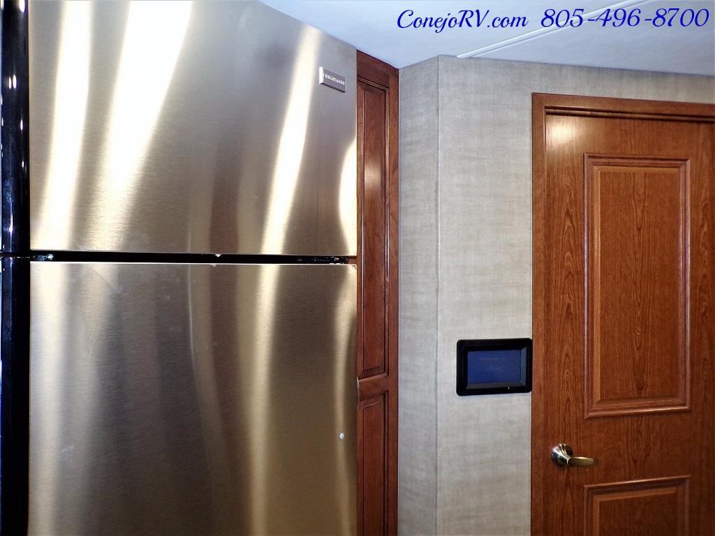 2018 Dynamax Isata 5 Series 36DS 4x4 Super-C King Bed DIESEL - Photo 15 - Thousand Oaks, CA 91360