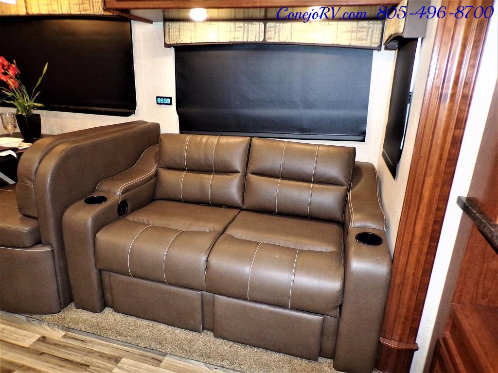 2018 Dynamax Isata 5 Series 36DS 4x4 Super-C King Bed DIESEL - Photo 10 - Thousand Oaks, CA 91360