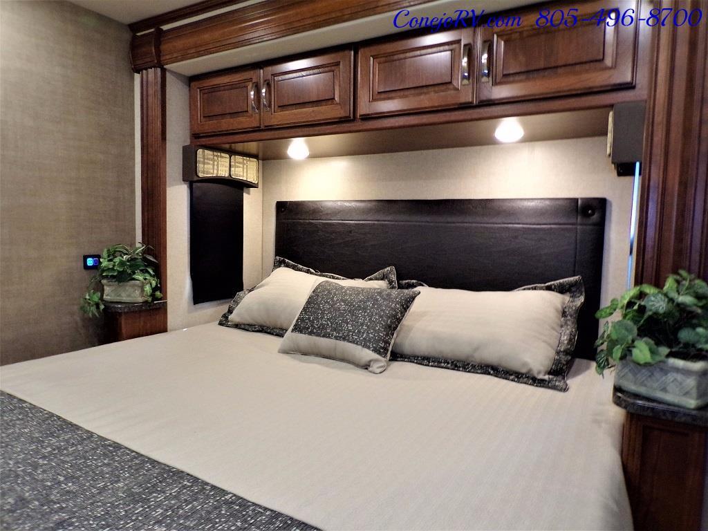 2018 Dynamax Isata 5 Series 36DS 4x4 Super-C King Bed DIESEL - Photo 23 - Thousand Oaks, CA 91360