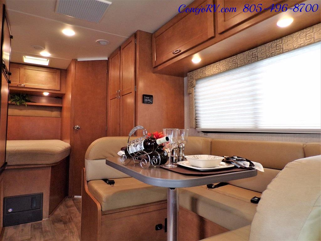 2017 Winnebago Minnie 22R Ford E-350 - Photo 6 - Thousand Oaks, CA 91360