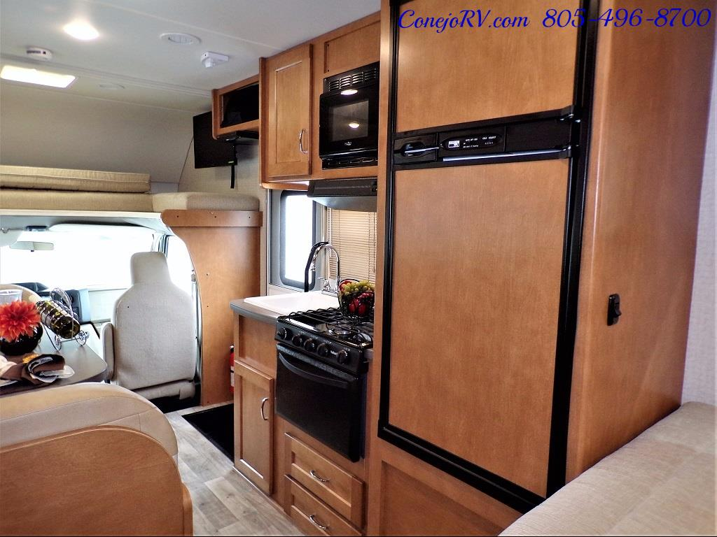 2017 Winnebago Minnie 22R Ford E-350 - Photo 21 - Thousand Oaks, CA 91360