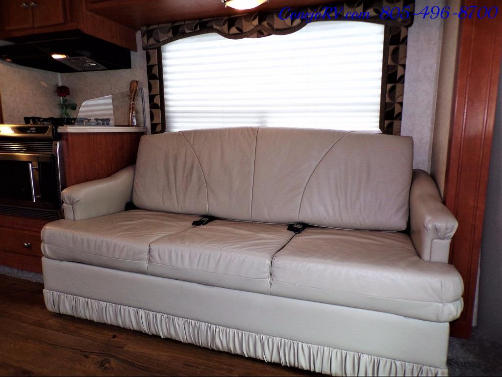 2007 Forest River Lexington GTS 283 Triple Slide Out - Photo 8 - Thousand Oaks, CA 91360