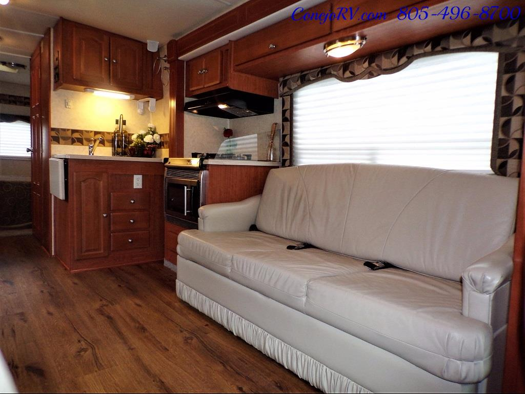 2007 Forest River Lexington GTS 283 Triple Slide Out - Photo 6 - Thousand Oaks, CA 91360