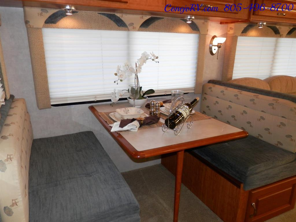 2005 National Dolphin 5340 2-Slide Big Chassis 30k Miles - Photo 11 - Thousand Oaks, CA 91360