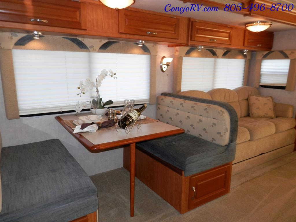2005 National Dolphin 5340 2-Slide Big Chassis 30k Miles - Photo 12 - Thousand Oaks, CA 91360