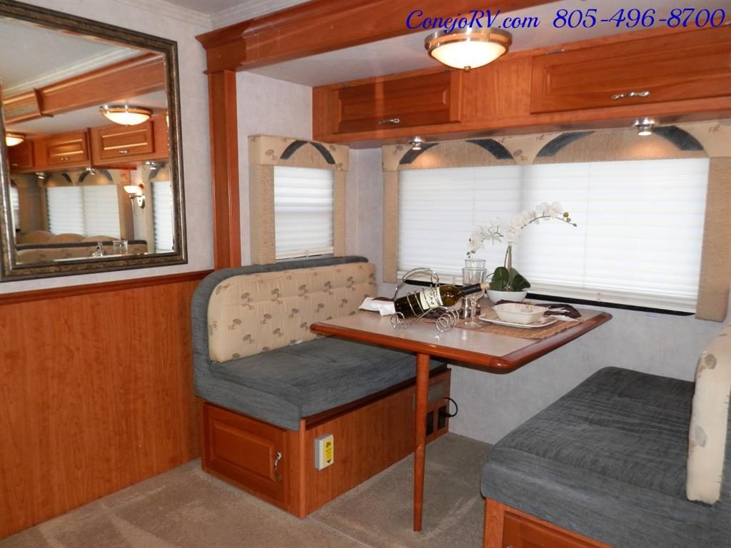 2005 National Dolphin 5340 2-Slide Big Chassis 30k Miles - Photo 10 - Thousand Oaks, CA 91360