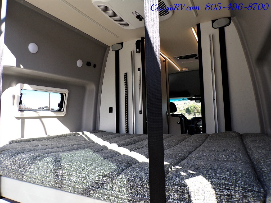 2018 Winnebago Revel 44E 4X4 Sprinter Mercedes Turbo Diesel - Photo 39 - Thousand Oaks, CA 91360
