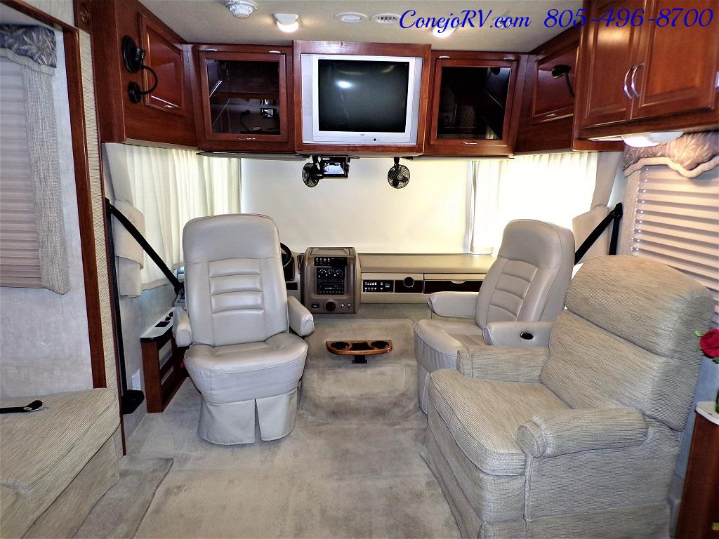 2006 Fleetwood Bounder 34F Triple Slide - Photo 27 - Thousand Oaks, CA 91360