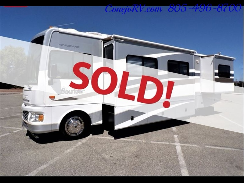 2006 Fleetwood Bounder 34F Triple Slide - Photo 1 - Thousand Oaks, CA 91360