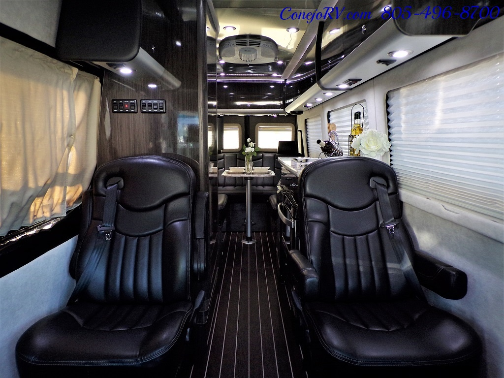 2015 Airstream Interstate 3500L EXT 24ft Mercedes Turbo Diesel - Photo 5 - Thousand Oaks, CA 91360