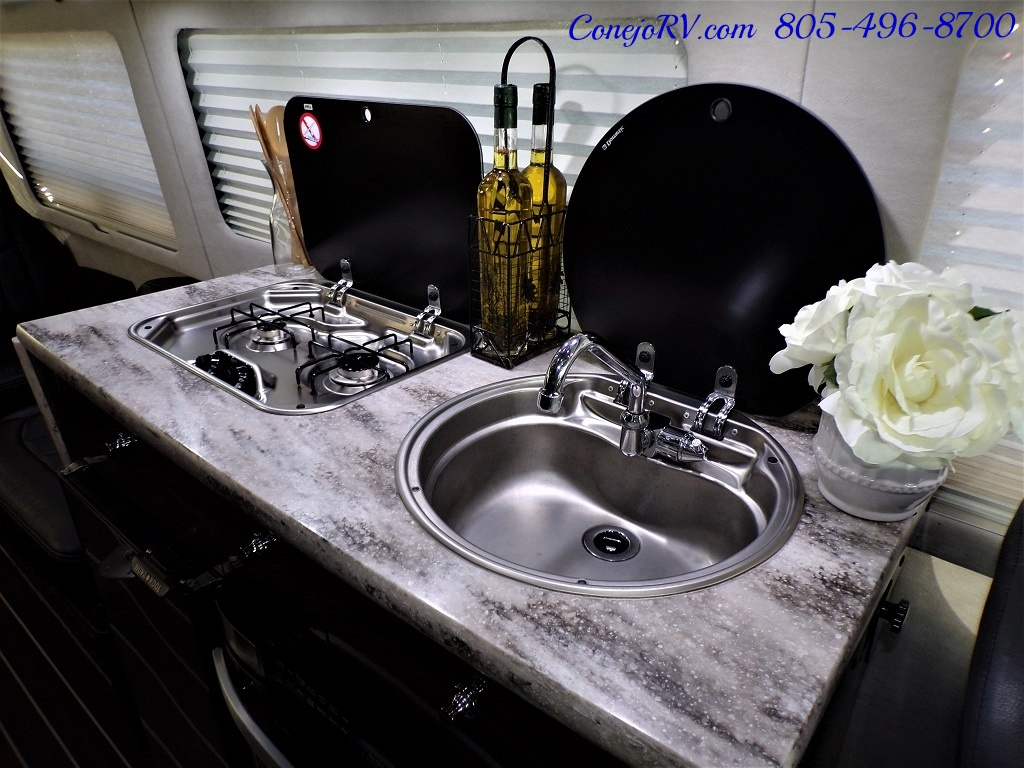 2015 Airstream Interstate 3500L EXT 24ft Mercedes Turbo Diesel - Photo 25 - Thousand Oaks, CA 91360