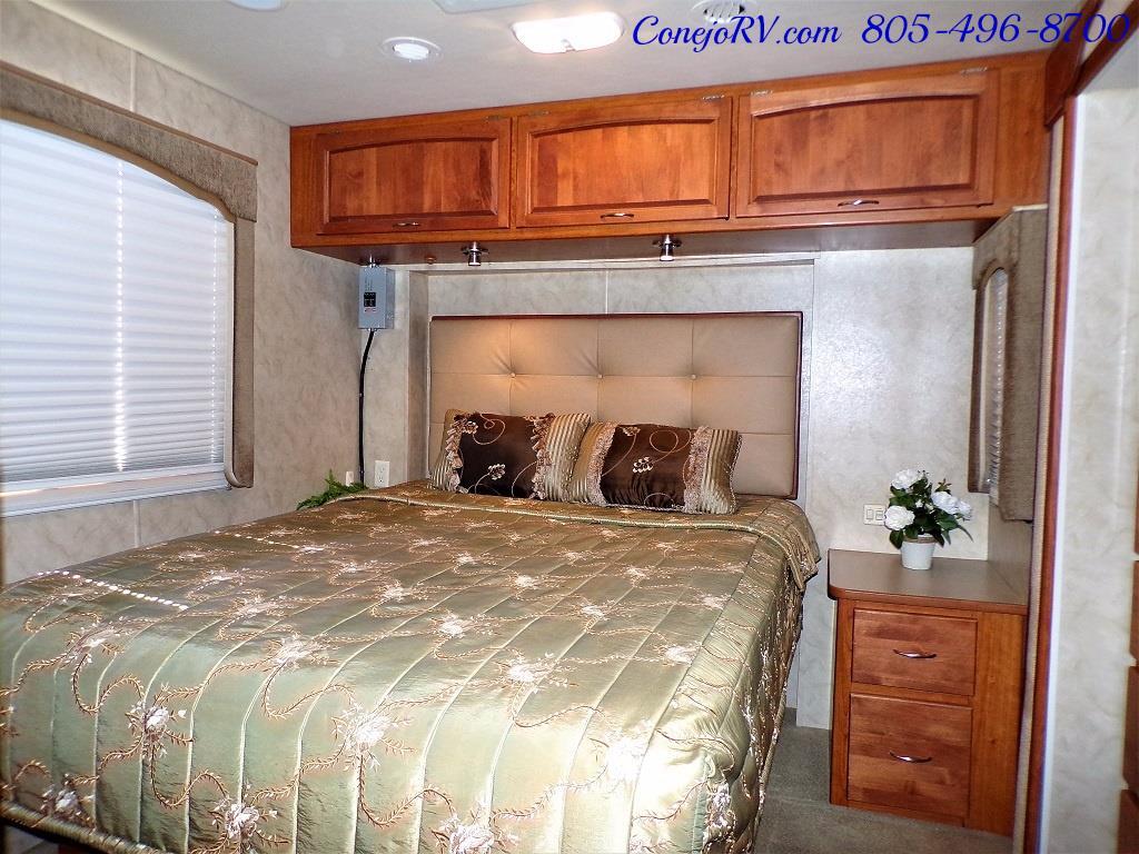 2008 Monaco Monarch 33SFS Full Wall Slide - Photo 21 - Thousand Oaks, CA 91360
