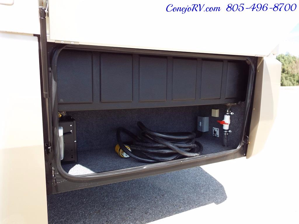 2007 National Dolphin 5355 Big Chassis Full Body Paint 8k Miles - Photo 32 - Thousand Oaks, CA 91360