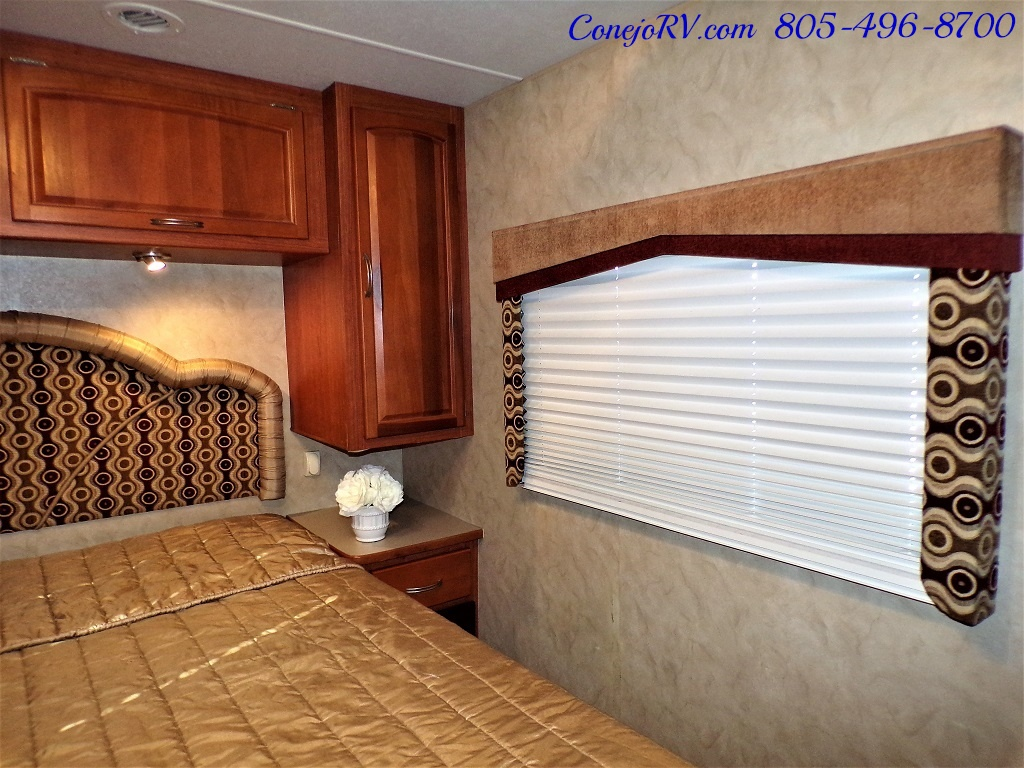 2010 Holiday Rambler Arista 30 PBS Slide Out 38K Miles - Photo 23 - Thousand Oaks, CA 91360