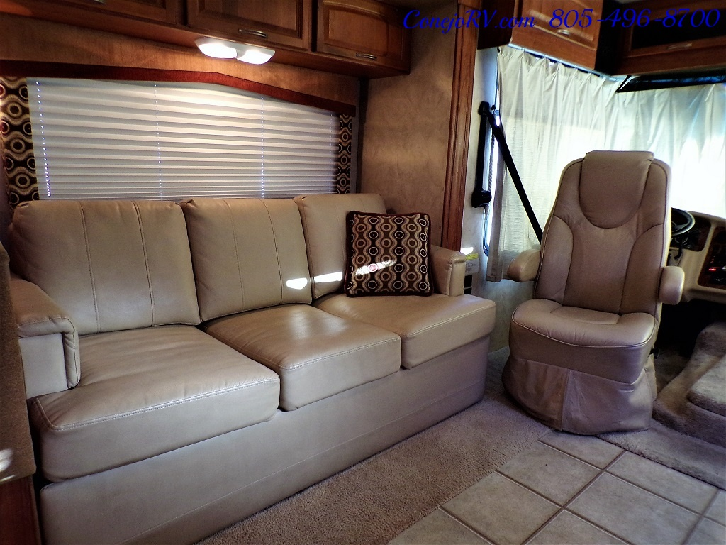 2010 Holiday Rambler Arista 30 PBS Slide Out 38K Miles - Photo 10 - Thousand Oaks, CA 91360