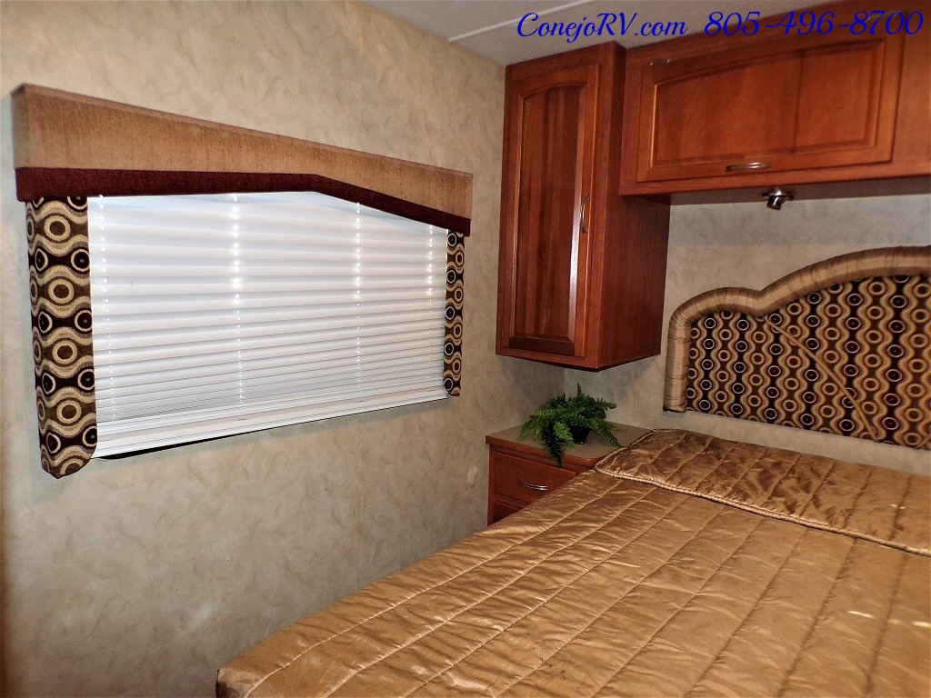 2010 Holiday Rambler Arista 30 PBS Slide Out 38K Miles - Photo 22 - Thousand Oaks, CA 91360