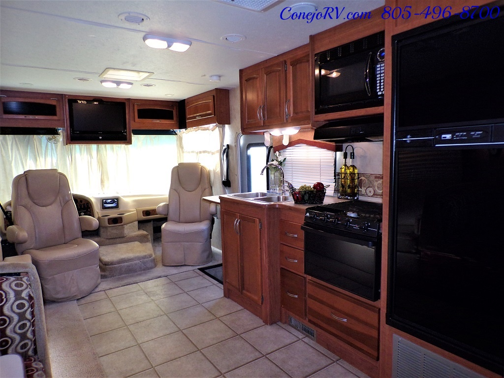 2010 Holiday Rambler Arista 30 PBS Slide Out 38K Miles - Photo 26 - Thousand Oaks, CA 91360