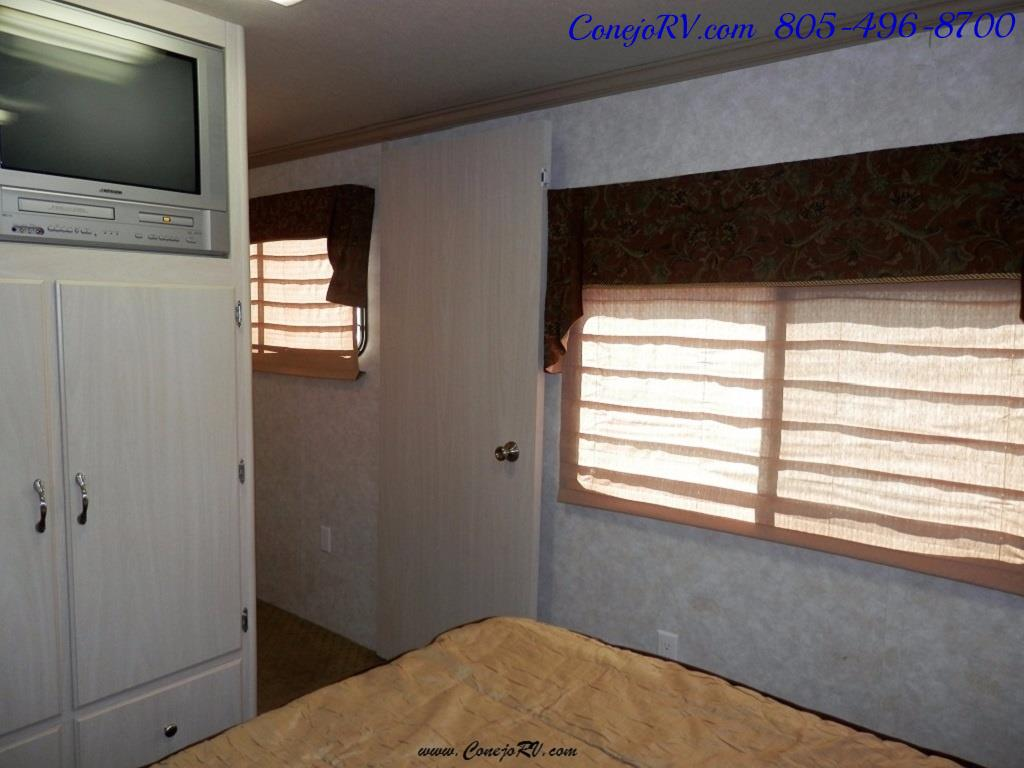 2007 CT Coachworks Siena 39ft Super-Slide Big Chassis 9k Miles - Photo 21 - Thousand Oaks, CA 91360
