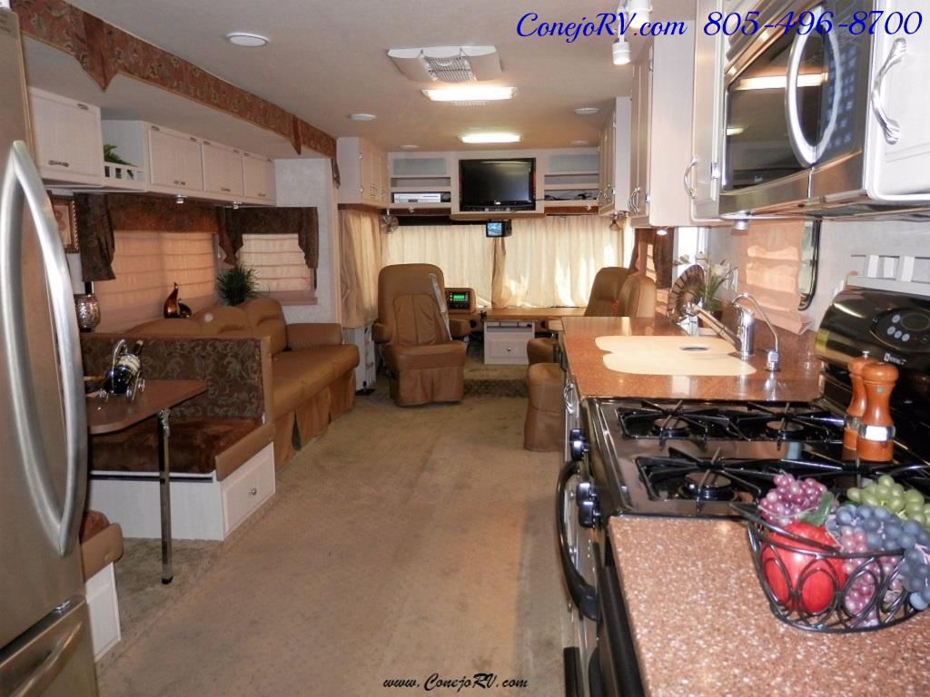 2007 CT Coachworks Siena 39ft Super-Slide Big Chassis 9k Miles - Photo 24 - Thousand Oaks, CA 91360