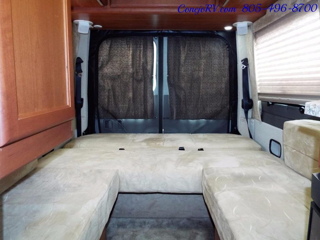 2012 Roadtrek RS Adventurous 23ft Class B Mercedes Sprinter - Photo 17 - Thousand Oaks, CA 91360