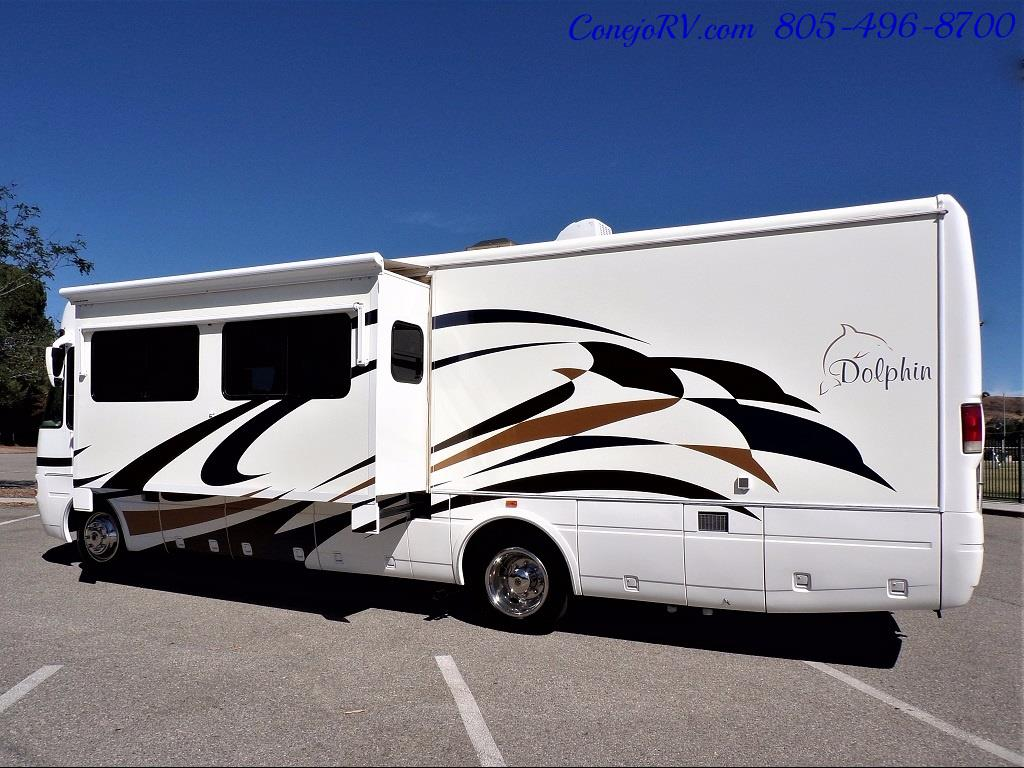 2005 National Dolphin 5320 Double Slide - Photo 2 - Thousand Oaks, CA 91360
