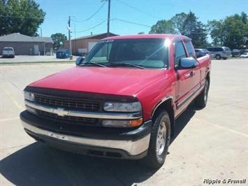 2000 Chevrolet Silverado 1500 LS 3dr LS Truck