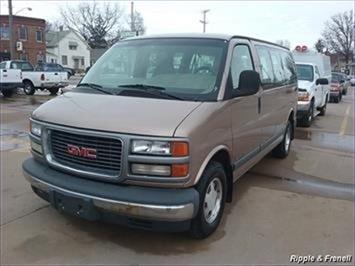 2000 GMC Savana Passenger G1500 Van