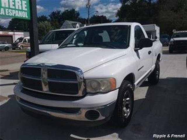 2002 Dodge Ram 1500 SLT - Photo 1 - Davenport, IA 52802