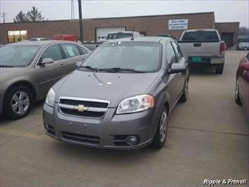 2009 Chevrolet Aveo LT - Photo 1 - Davenport, IA 52802