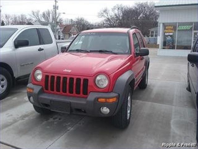 2004 Jeep Liberty Sport - Photo 1 - Davenport, IA 52802