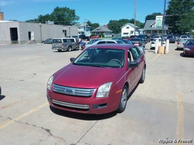 2008 Ford Fusion I4 - Photo 1 - Davenport, IA 52802