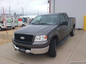 2005 Ford F-150 XLT 4dr SuperCab XLT - Photo 1 - Davenport, IA 52802