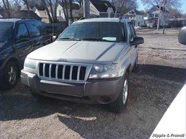2004 Jeep Grand Cherokee Laredo 4dr Laredo - Photo 1 - Davenport, IA 52802