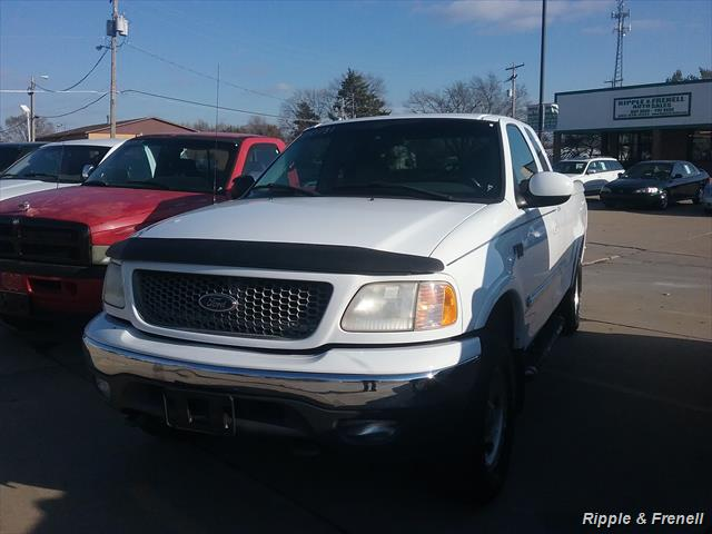2001 Ford F-150 XLT 4dr SuperCab XLT - Photo 1 - Davenport, IA 52802