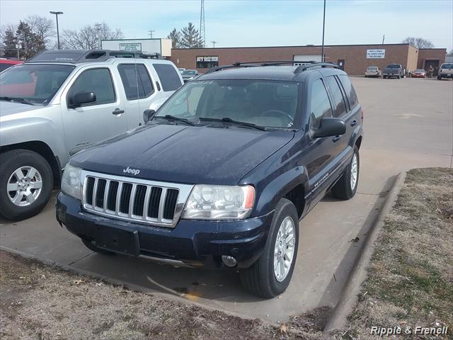 2004 Jeep Grand Cherokee Limited - Photo 1 - Davenport, IA 52802