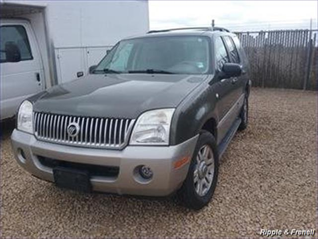 2003 Mercury Mountaineer - Photo 1 - Davenport, IA 52802