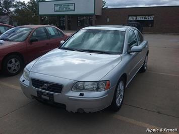 2006 Volvo S60 2.5T - Photo 1 - Davenport, IA 52802