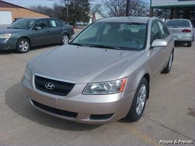 2007 Hyundai Sonata GLS - Photo 1 - Davenport, IA 52802
