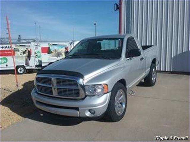 2004 Dodge Ram 1500 ST 2dr Regular Cab ST - Photo 1 - Davenport, IA 52802