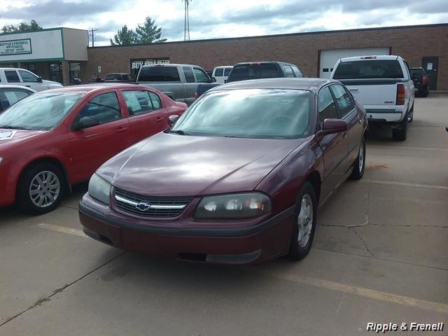 2000 Chevrolet Impala LS - Photo 1 - Davenport, IA 52802