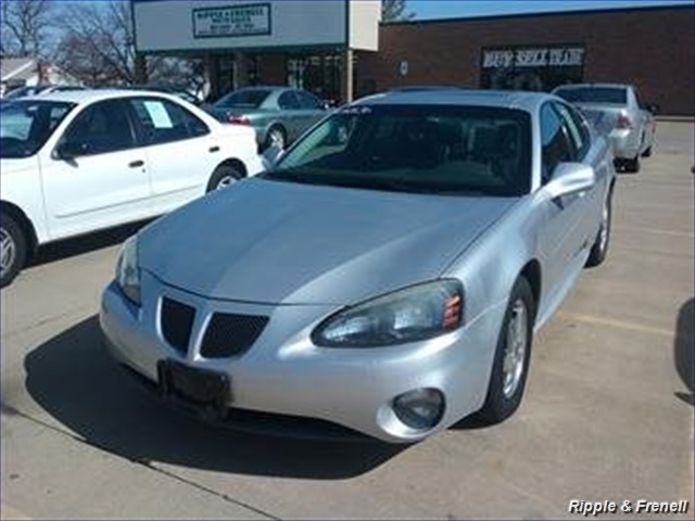 2004 Pontiac Grand Prix GT2 - Photo 1 - Davenport, IA 52802