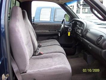 2001 Dodge Ram 1500 SLT - Photo 14 - Angola, IN 46703
