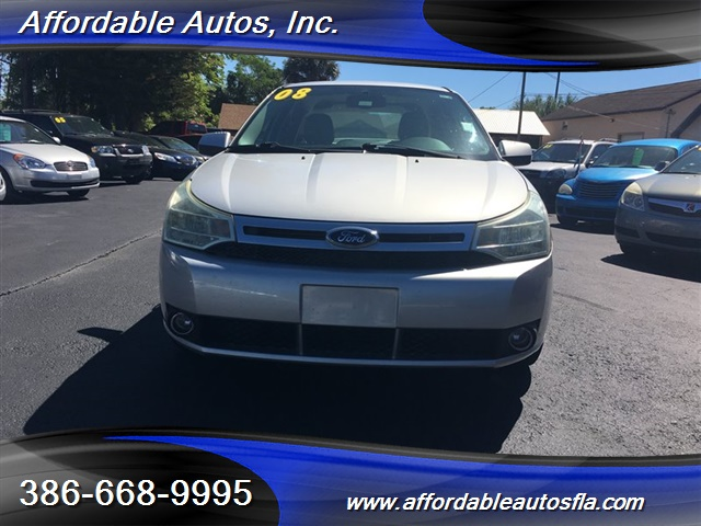 2008 Ford Focus SE - Photo 8 - Debary, FL 32713