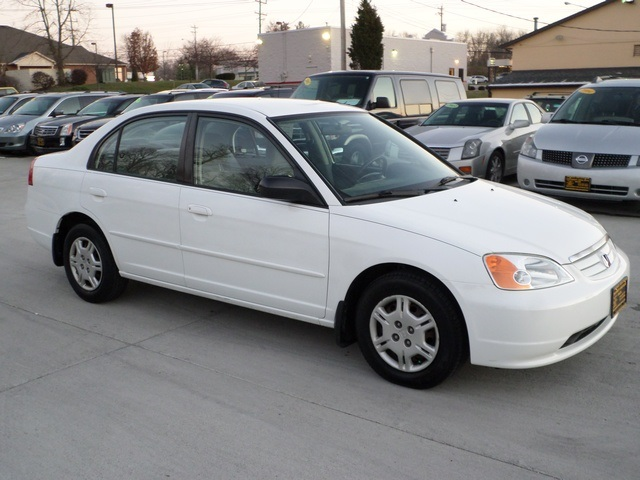 2002 Honda Civic LX   Photo 1   Cincinnati, OH 45255