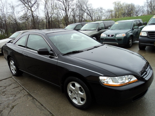 1999 Honda Accord EX V6   Photo 1   Cincinnati, OH 45255