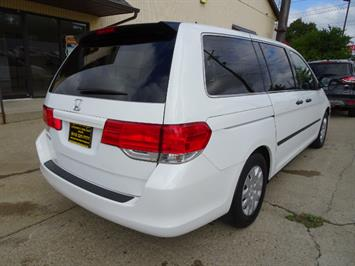 2009 Honda Odyssey LX - Photo 5 - Cincinnati, OH 45255
